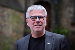 Martin Aye baut mit neuen digitalen Leistungsbausteinen das Portfolio der aye media marketing group aus (Foto: aye mmg)