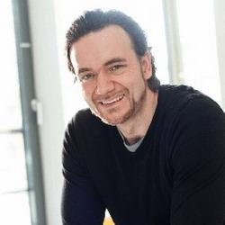 Stefan Epler arbeitet seit 2008 bei Lewis (Foto: Lewis)