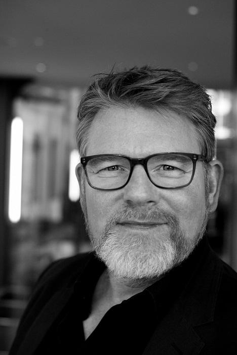 Wolf Ingomar Faecks bringt seine digitale Expertise ab sofort  für die Serviceplan Gruppe ein. Der 50-Jährige verantwortet in der neu geschaffenen Funktion des Plan.Net CEO gemeinsam mit Manfred Klaus und Michael Kutschinski die Geschäfte der Agenturgruppe. (Foto: Serviceplan)