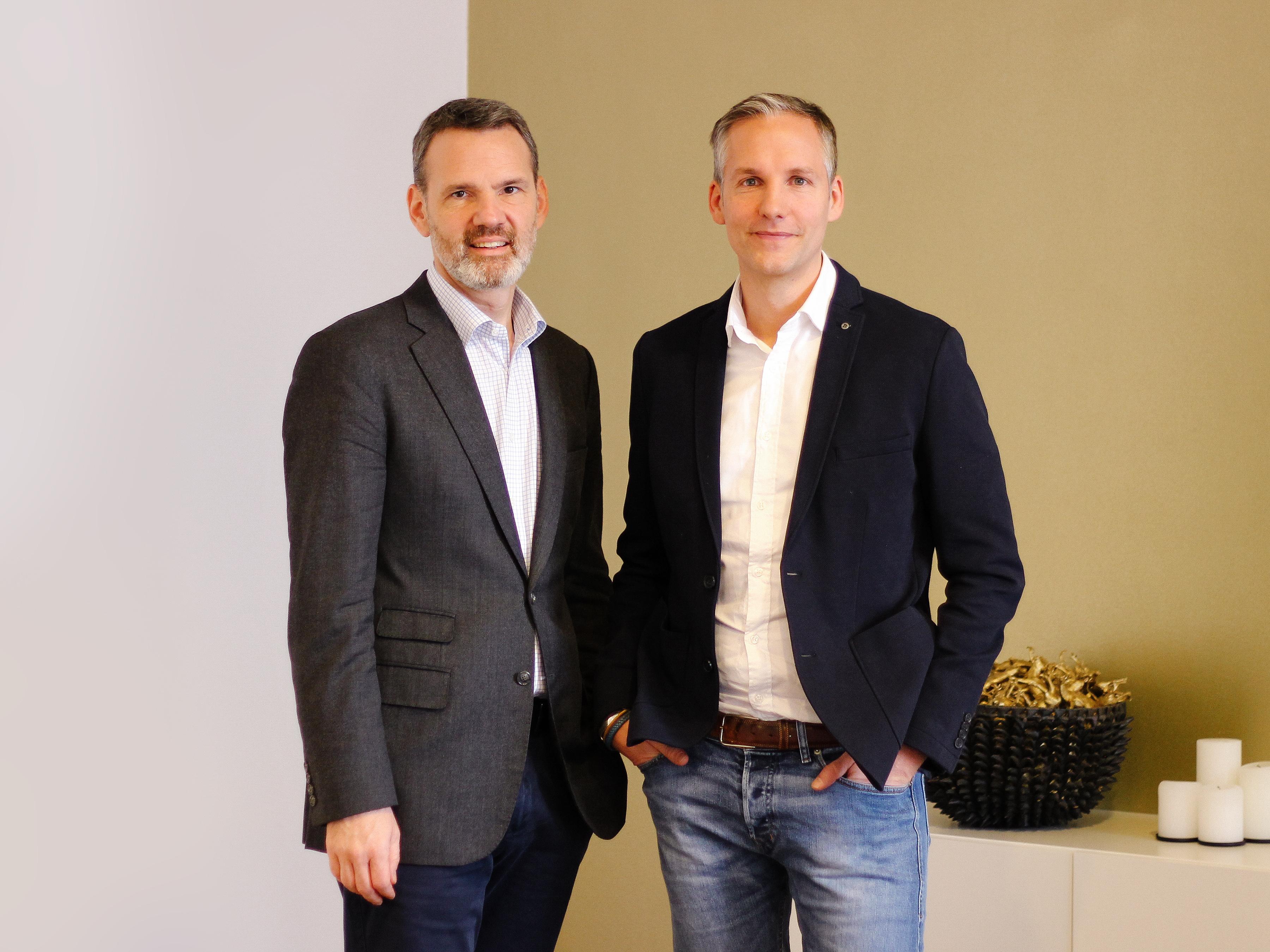 Feri Thierry (links) ist neuer Geschäftsführer bei 365 Sherpas in Wien, Herbert Rohrmair-Lewis widmet sich künftig wieder verstärkt Zum Goldenen Hirschen und bleibt Partner.