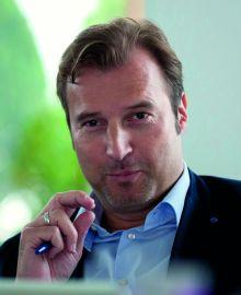 Sven Holsten grüßt als Kinetic Managing Director - Foto: Score Media