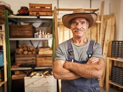 TV-Heimwerker Konny Reimann wirbt für Materialien und Maschinen von Lidl (Foto: Lidl)