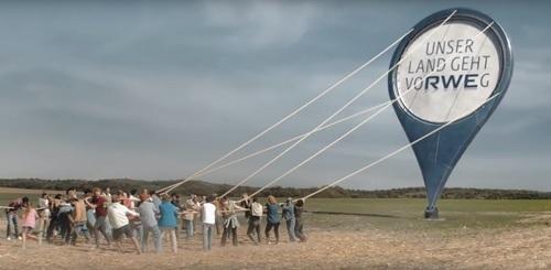 RWE und thjnk feiern Deutschland Bild